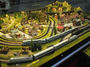 Best model trains for christmas